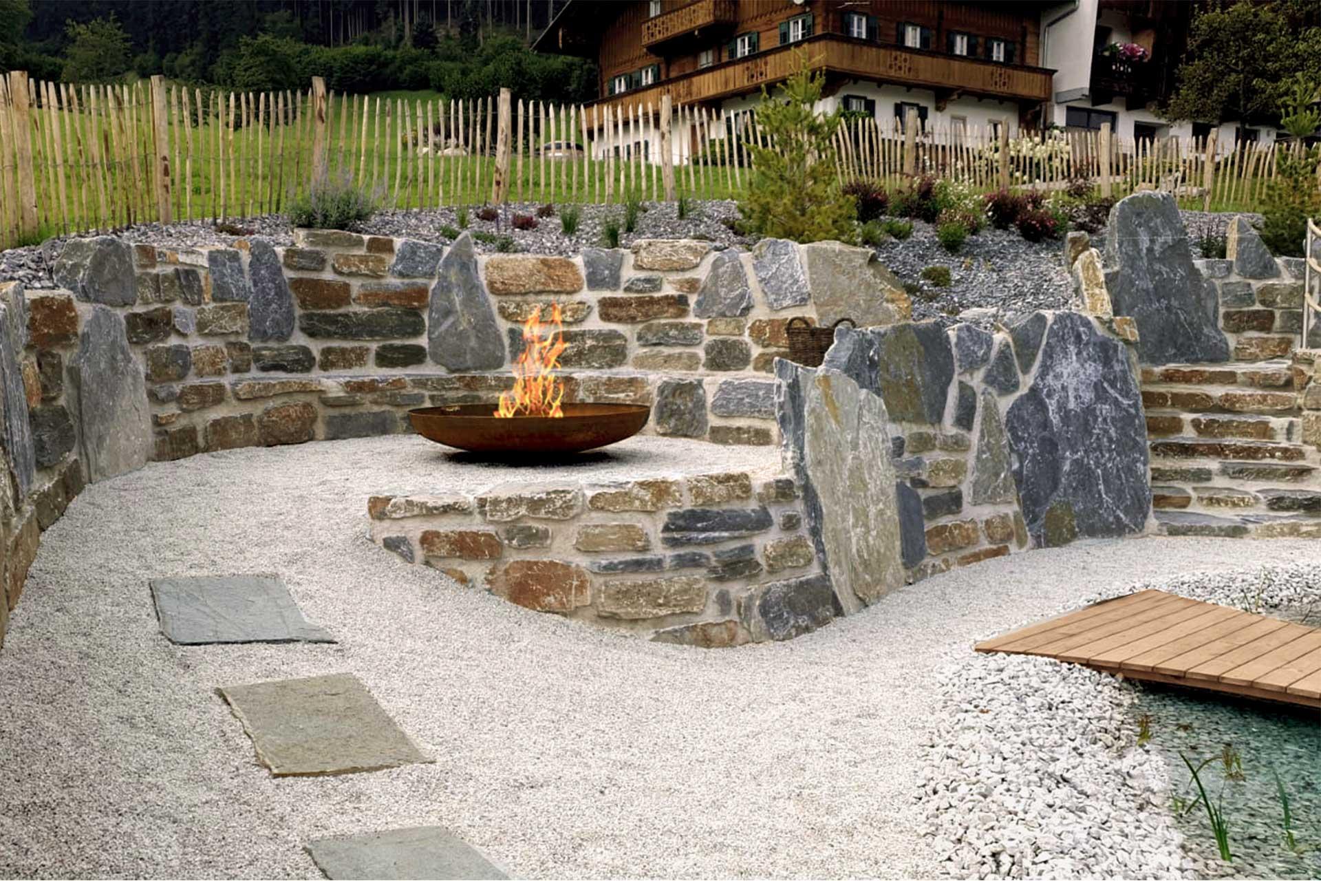 Natursteinmauern Von Karl Sailer Als Terrassierung Stutzmauer Sicht Oder Larmschutz Karl Sailer