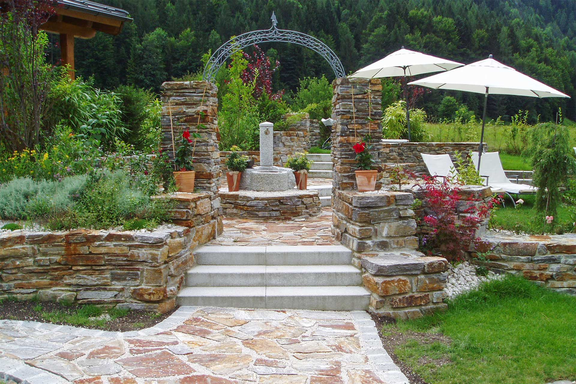 Natursteinmauern Von Karl Sailer Als Terrassierung Stutzmauer